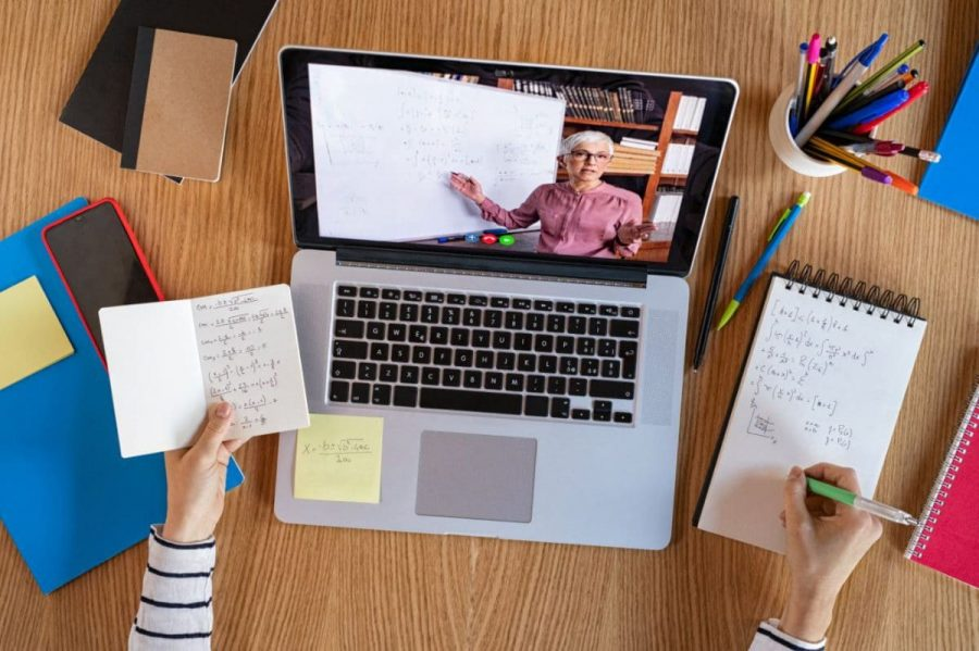 Eight+Useful+Tips+For+Fully-Remote+Students