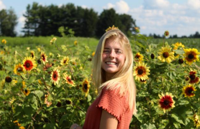 Senior Spotlight: Olivia Angelozzi